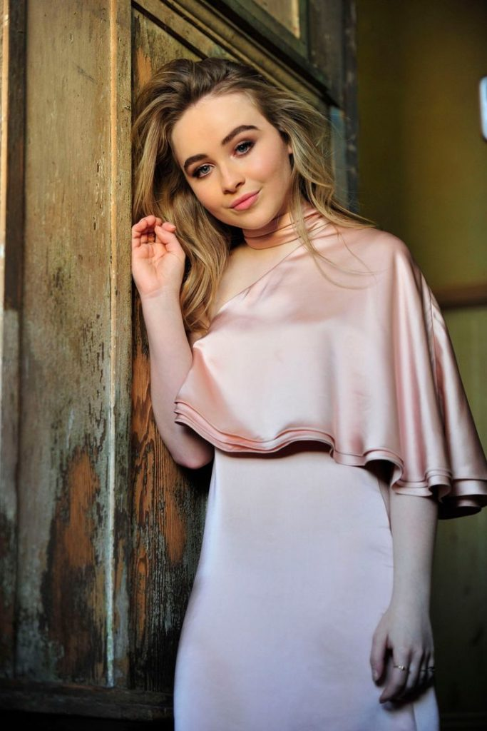 Sabrina Carpenter Working Out Images 683x1024